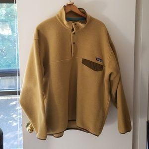 Patagonia 1/4 snap up fleece jacket